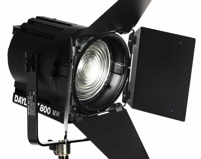 Il flash: gli illuminatori da studio fotografare in digitale