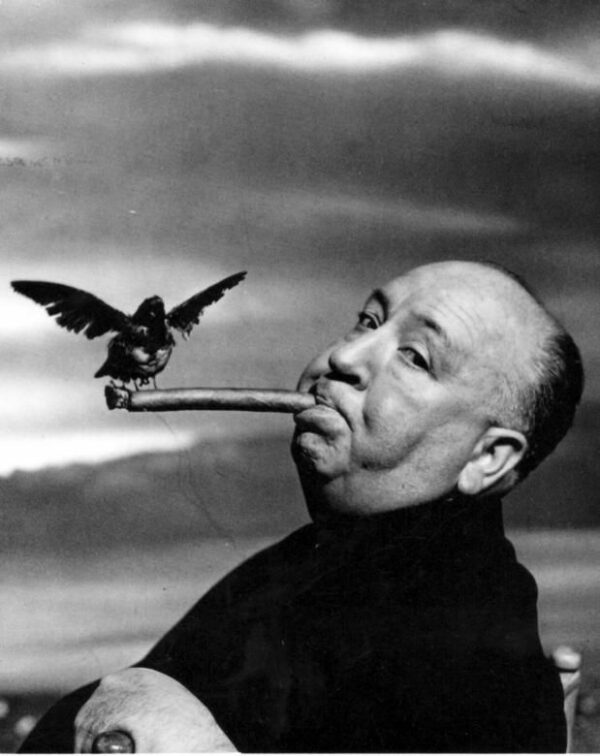 philippe halsman - alfred-hitchcock-during_the_filming_of_the_birds__1962
