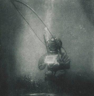 La prima foto subacquea