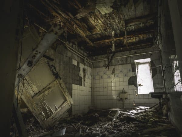lost place, horror, abandoned building