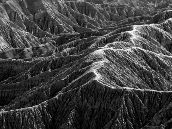 Guida definitiva al bianco e nero emozione, cime di montagne