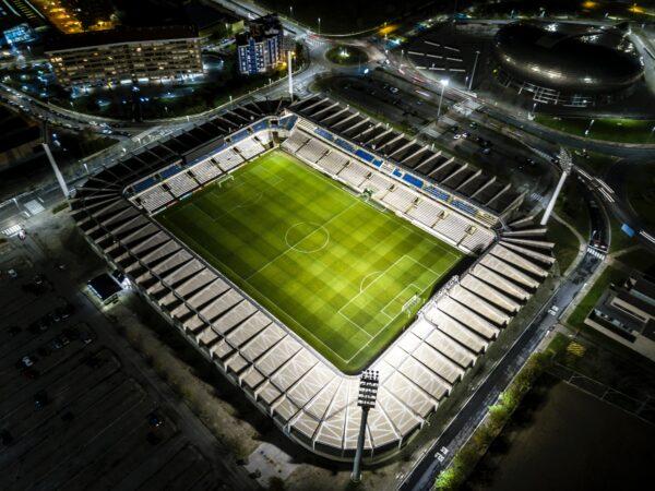4 stadi sportivi all'avanguardia e più grandi del mondo: tante idee creative per le tue fotografie